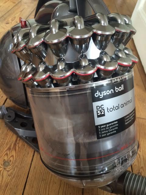 dyson DC52