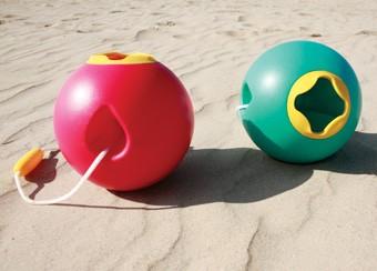 Seaux de plage Ballo chez Quut