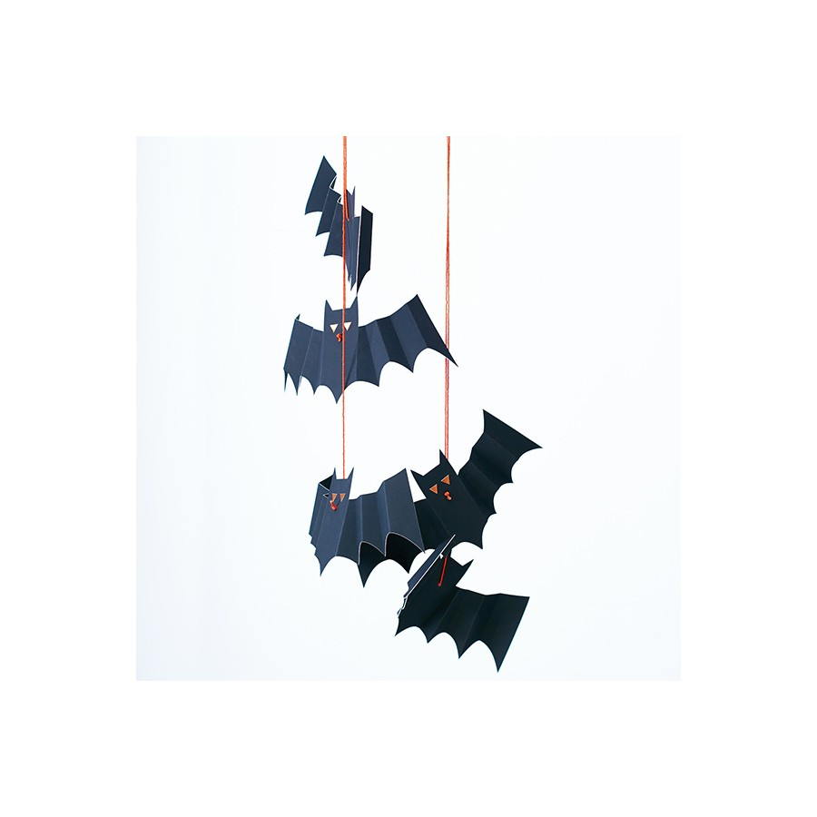 dcorations-halloween-chauve-souris-suspendues-par-8