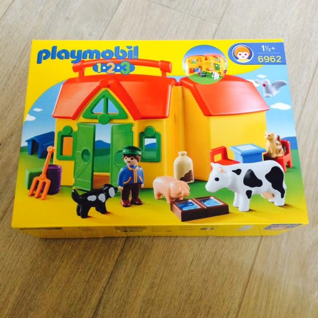 la ferme playmobil 123 blog blog y 39 a quelqu 39 un. Black Bedroom Furniture Sets. Home Design Ideas